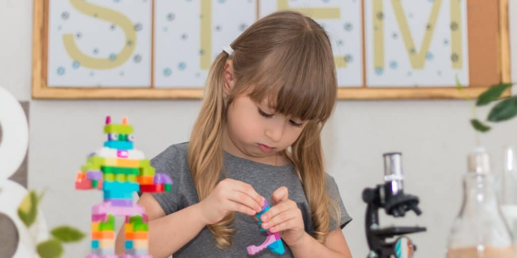 What Are STEM Toys - What Makes a Toy STEM certified - BrickMates