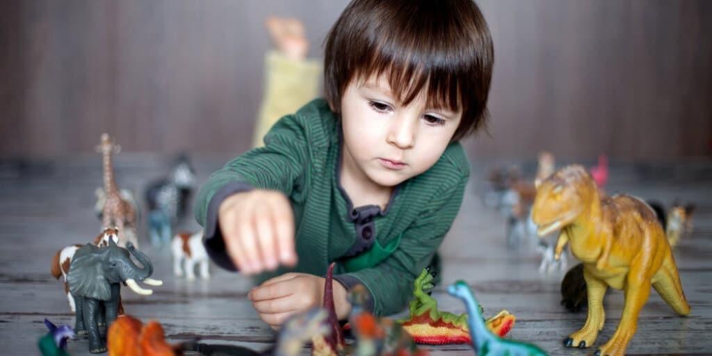 What Are STEM Toys - dinosaur - BrickMates